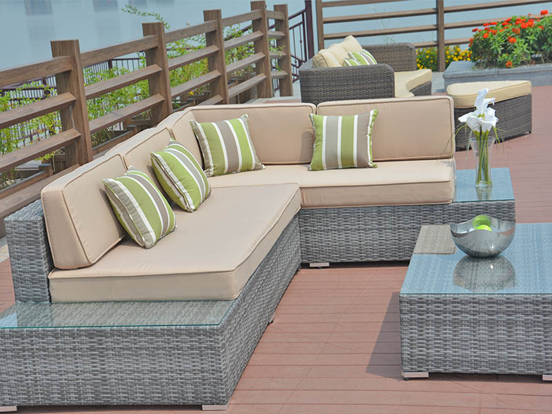 pe wicker furniture set